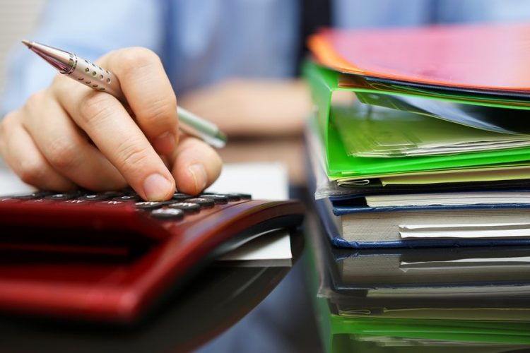 Many business owners keep putting off financial admin until late at night or the end of the weekend