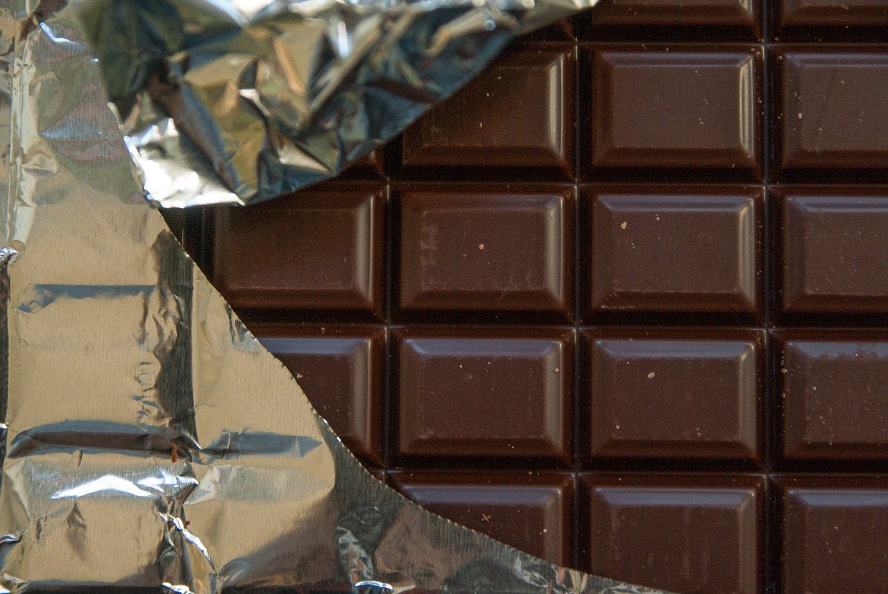 A little dark chocolate can be a healthy snack choice