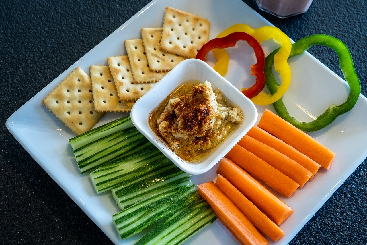 A healthy snack of crudit?s and hummus